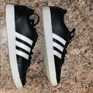 adidas Shoes - ADIDAS NEO